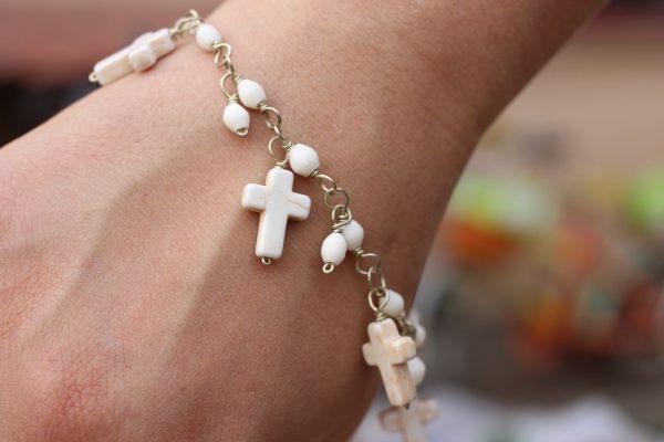 """White Howlite Cross Charm Bracelet 7.5-8"""""""