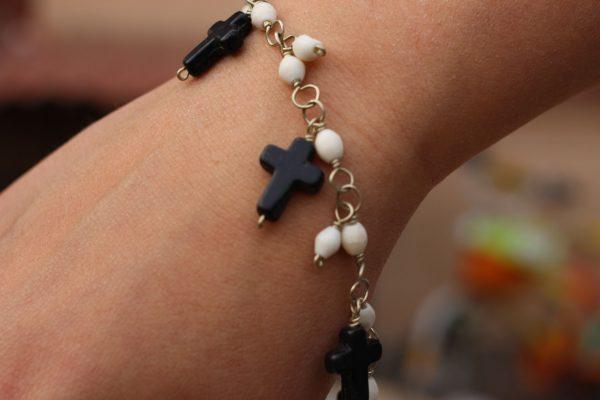 """Black and White Howlite Charm Bracelet 7.5-8"""""""